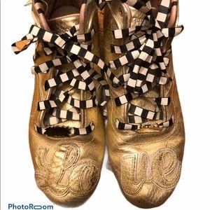 Reebok Melody Ehsani sneakers. EUC, authentic